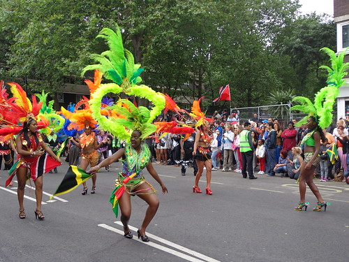 funky-dancers
