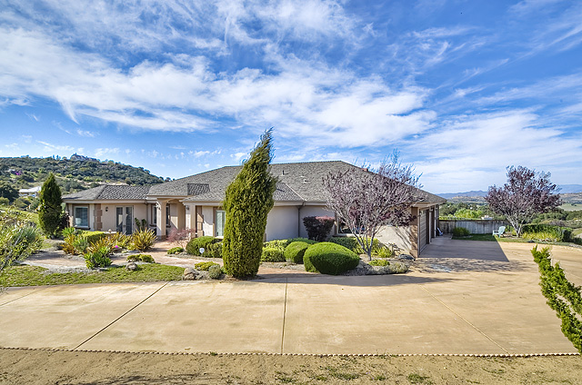 16639 Sam Lane, Ramona, CA 92065