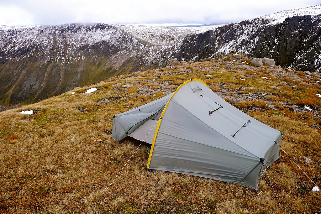 Wild Camping above the Sneck