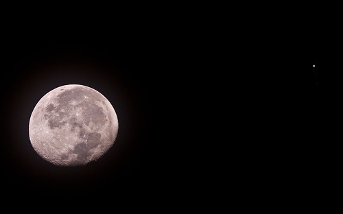 The Moon and Jupiter conjunction - 021112 by Mick Hyde