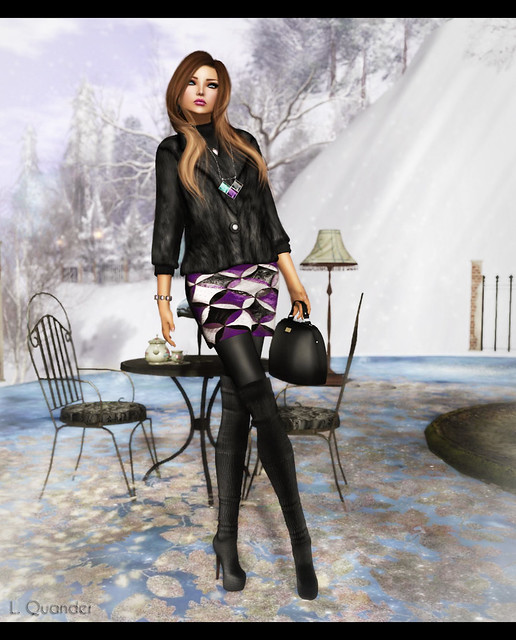 MichaMi - Mini Statement in Purple &  Baiastice -Short Fur Coat-onyx