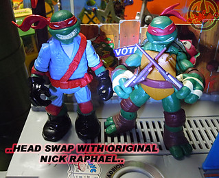 "Nickelodeon ""MUTAGEN OOZE"" TEENAGE MUTANT NINJA TURTLES :: OOZE TOSSIN' RAPH  - D // ..head swap with original Nick Raphael (( 2013 ))"