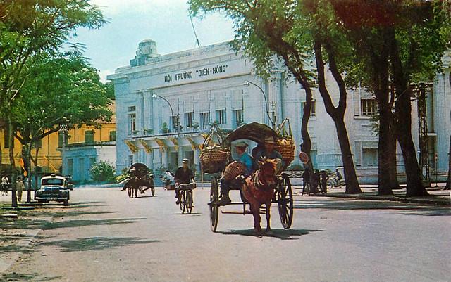 1969 Saigon, Vietnam - Hoi Truong Dien Hong