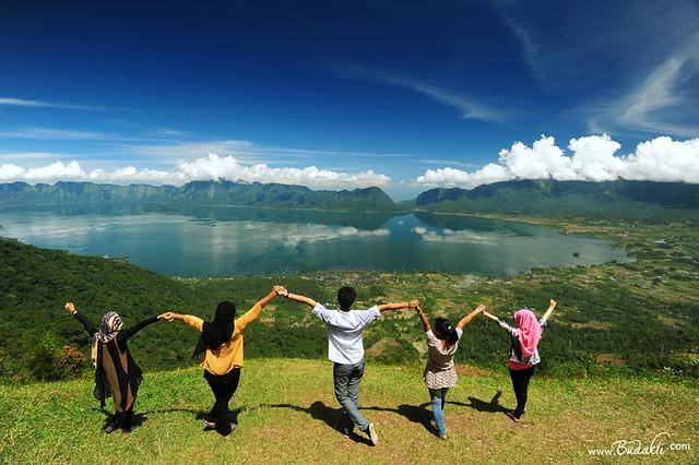 8435542558_c0a8611948_z Tahu Kementerangan Danau dari Puncak Lawang Bukittinggi