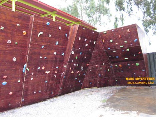 Mars_Climbing_Gym_Bouldering_1