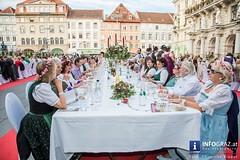 Die Lange Tafel der Genusshauptstadt Graz 2016