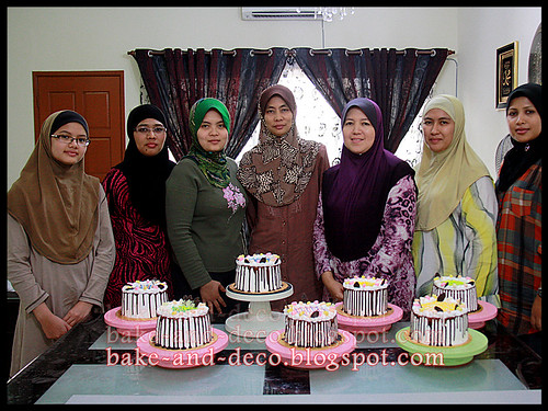 Baking Class: Ice Cream Cake ~ 17 May 2012