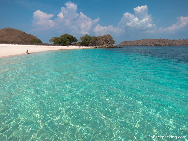 The turquoise waters at Pink Beach