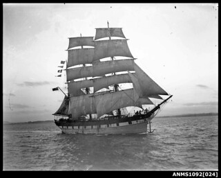 Barque RAUPO / LOUISA CRAIG on Sydney Harbour
