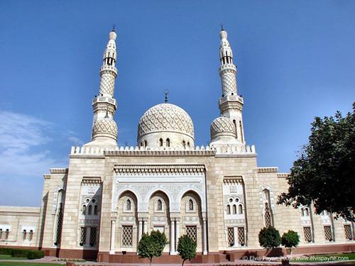 Jumairah grand masjid Dubai