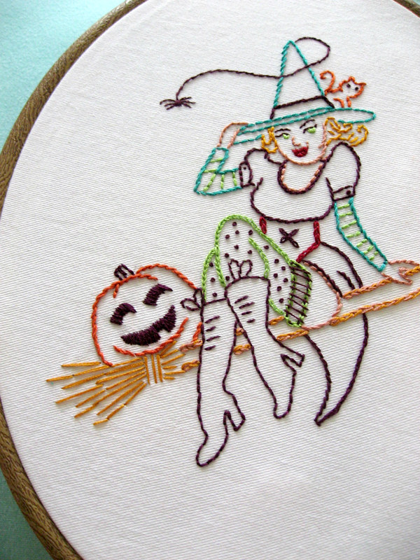 more witchy detail
