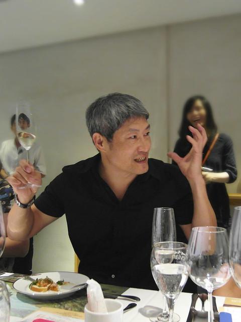 「侍酒師酒藏」的老闆徐文光老師