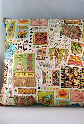 Stitch & Flip Triangle pillow