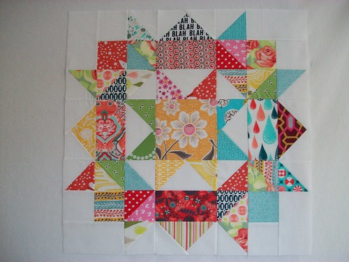 FCMQG Bee Swoon block for Michelle