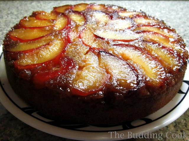 Plum upside-down cake1