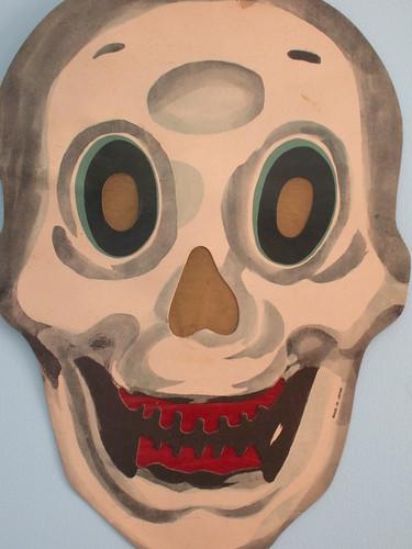 Vintage Skull with Coloured Tissue Liner