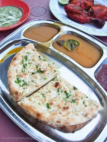 garlic naan, restaurant choice, taman melawati R0019379 copy