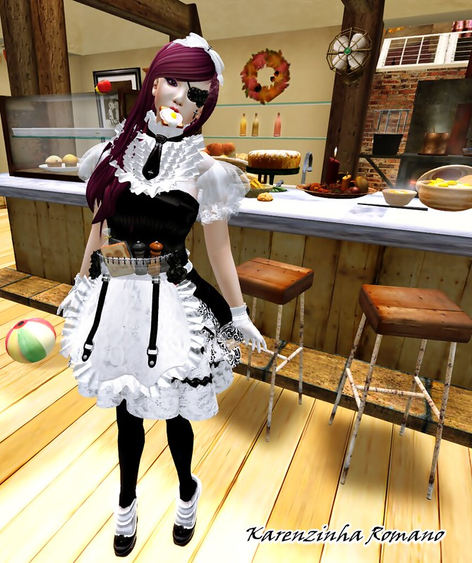 BB - Gothica Maid Doll Outfit2