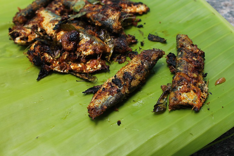 Sardine fish fry mathi chala fry for Best oil for frying fish