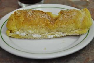 http://hojeconhecemos.blogspot.com/2012/11/eat-piriquita-sintra-portugal.html