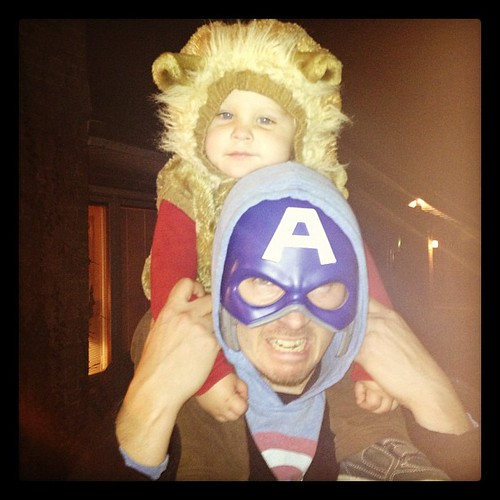 #captainamerica and his #lion sidekick. #halloween