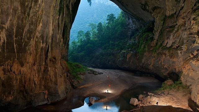 hang-son-doong-cave-1366x768-wallpaper-8857