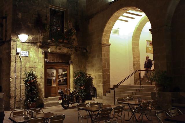 La Plaza de Baix de Xabia engalanada en Navidad