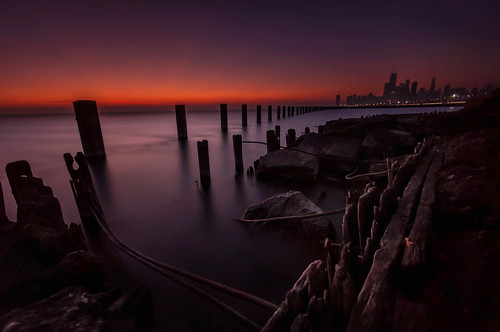 red lake chicago tower beach water 30 skyline sunrise dawn illinois nikon long exposure decay michigan shoreline sigma filter hancock 1020mm fullerton density neutral d90 10stop