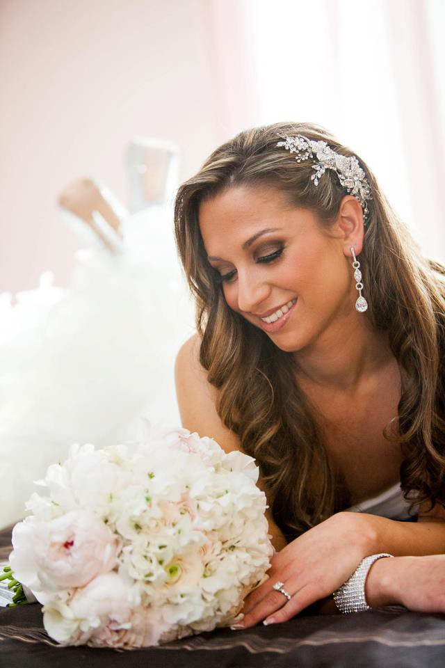 Rebecca wearing a crystal comb by Bridal Styles Boutique