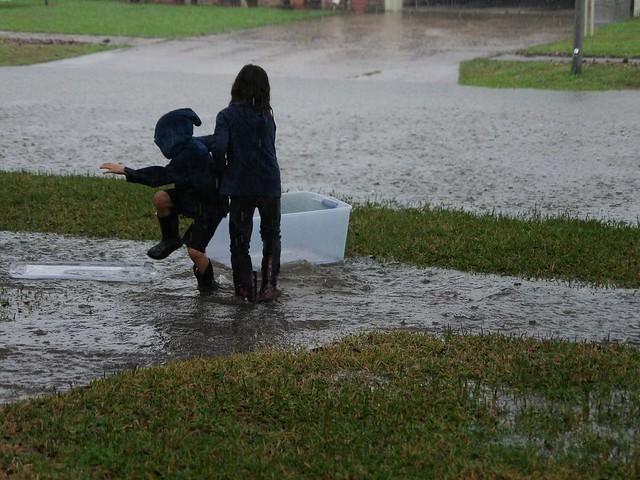 it's still raining....... + some link love