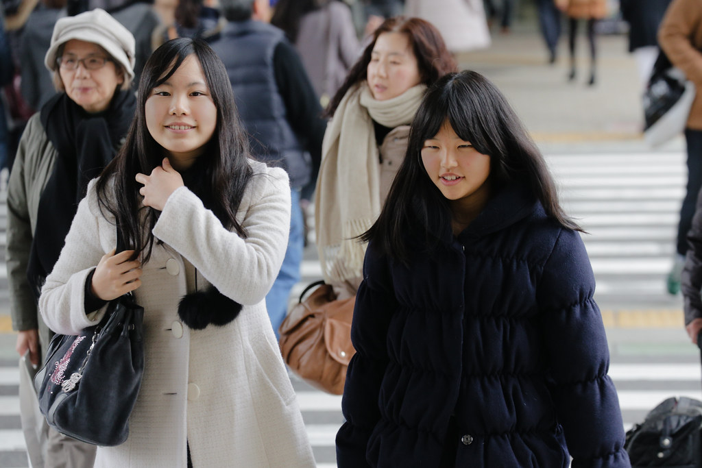 Onoedori 8 Chome, Kobe-shi, Chuo-ku, Hyogo Prefecture, Japan, 0.005 sec (1/200), f/5.6, 166 mm, EF70-300mm f/4-5.6L IS USM
