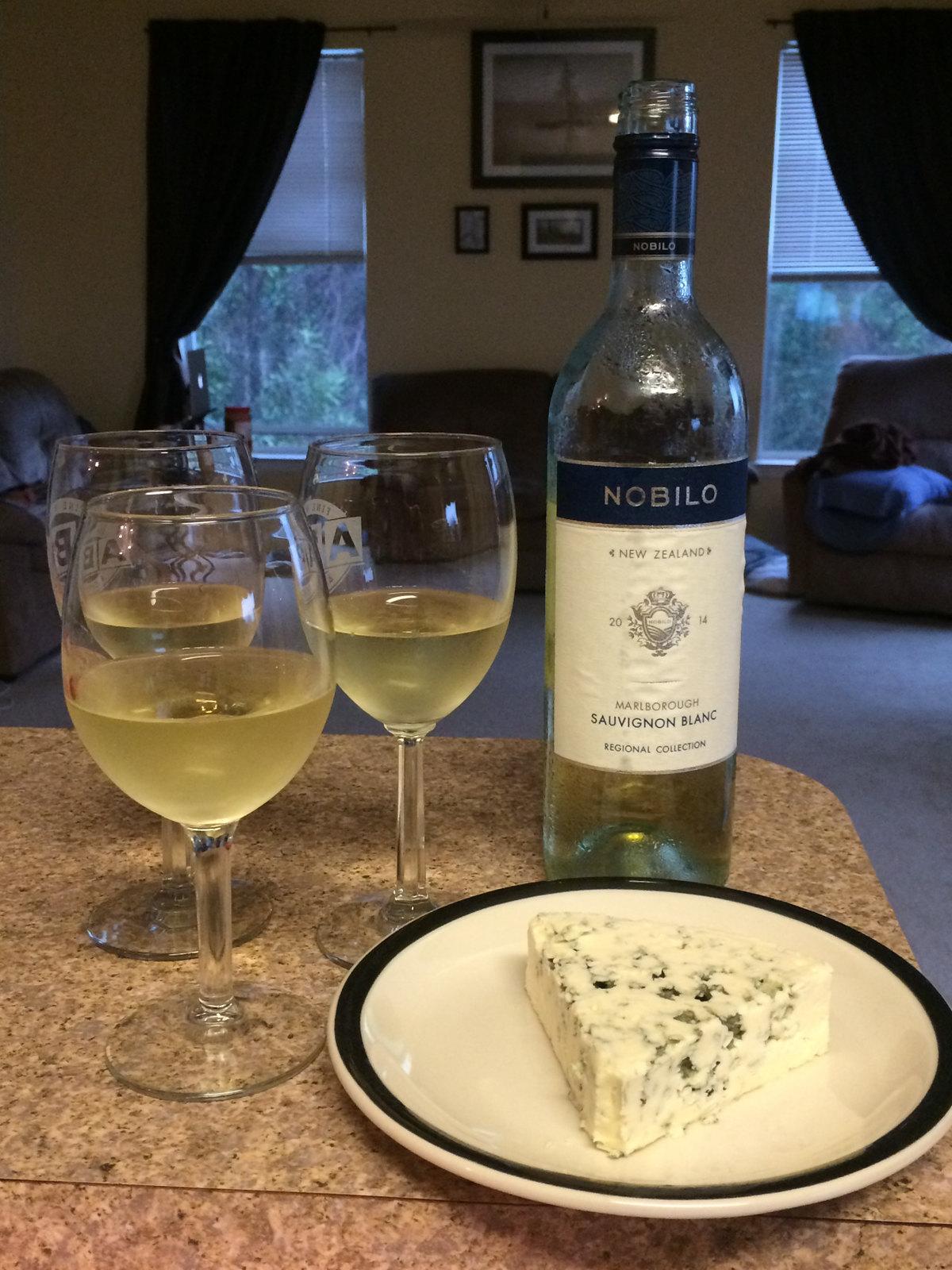 Sauvignon Blanc and Blue Cheese 1