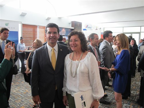 From left to right: Award: Hon. Pedro Pierluisi, Puerto Rico Resident Commissioner in the US Congress, Mrs. Arlene Zambrana, USDA Housing Program Director.