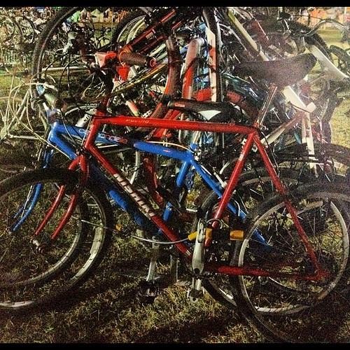 Lesssgo... Home. #aclfest #bikeparking