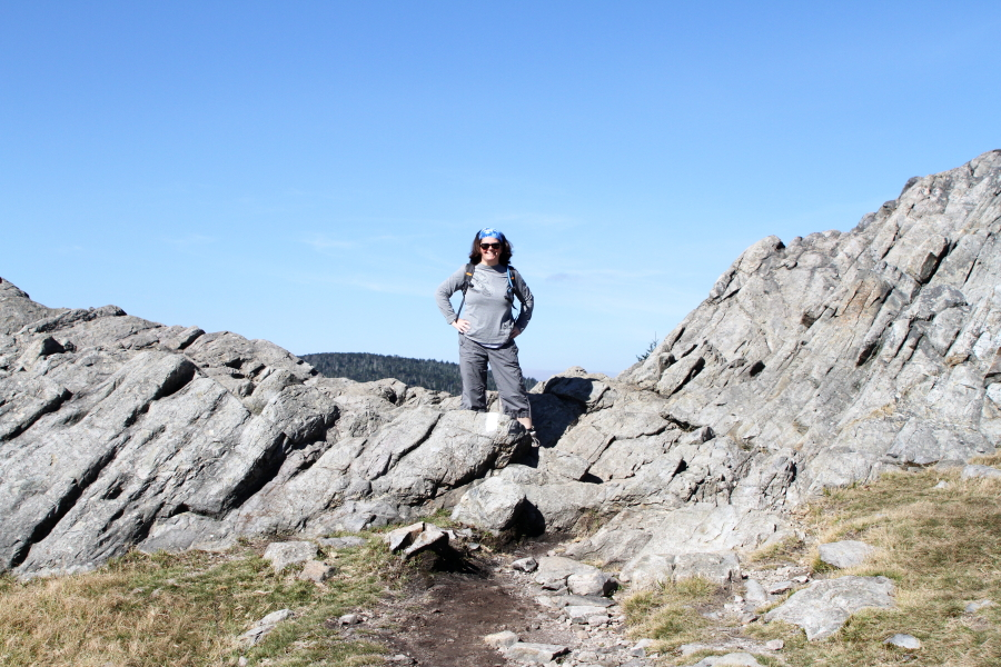 eileen_hiking_rhodo_gap