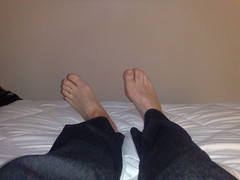 hand(0.0), arm(0.0), sole(0.0), footwear(0.0), human body(0.0), mouth(0.0), finger(1.0), limb(1.0), leg(1.0), foot(1.0), toe(1.0), organ(1.0),