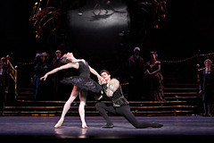 Thiago Soares as Prince Siegfried and Marianela Nuñez as Odile in Swan Lake