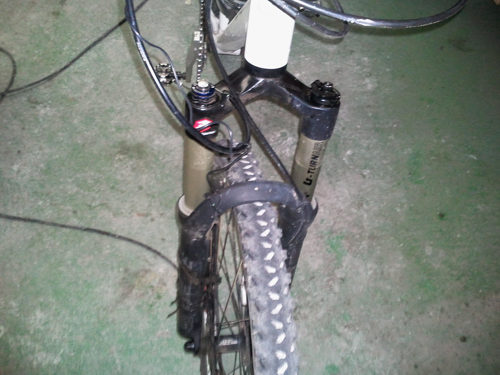 Roto reten bloqueo horquilla Reba 8105006429_dbbaba4d63_b