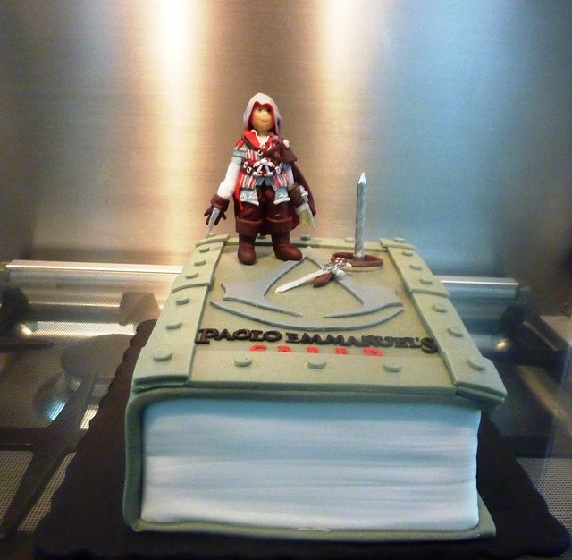 Cake Design Assassin S Creed : Assassin s Creed 2 cake Flickr - Photo Sharing!