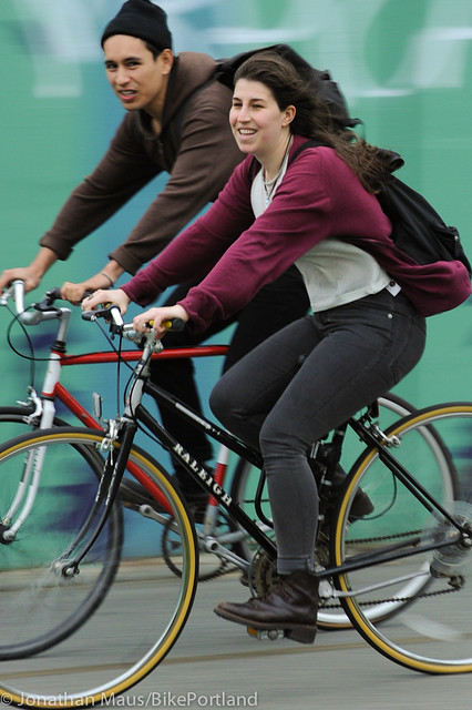 People on Bikes - Manhattan Bridge-17