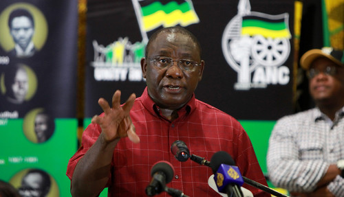 Former National Union of Mineworkers secretary general turned mining magnate, Cyril Ramaphosa, says that he is willing to testify before a governmental-appointed commission investigating the police massacre of 34 miners at the Lonmin PLC facilities. by Pan-African News Wire File Photos