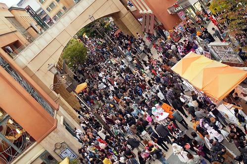 Kawasaki-Halloween-2012-Parade-83-R0022845