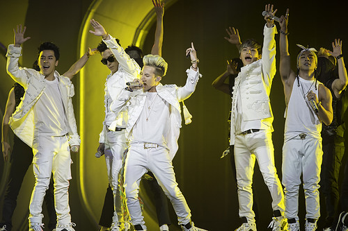 Big Bang at the Honda Center (11/02/12)