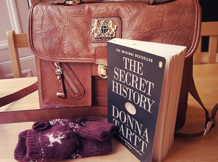 handbag essentials 4