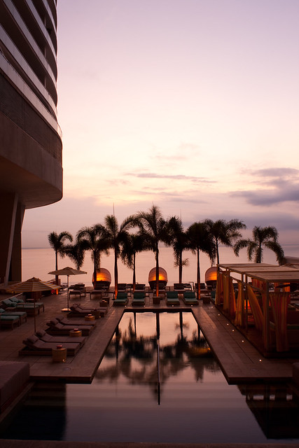 Trump panama hotel 13th floor pool deck flickr photo for 13th floor in hotels history