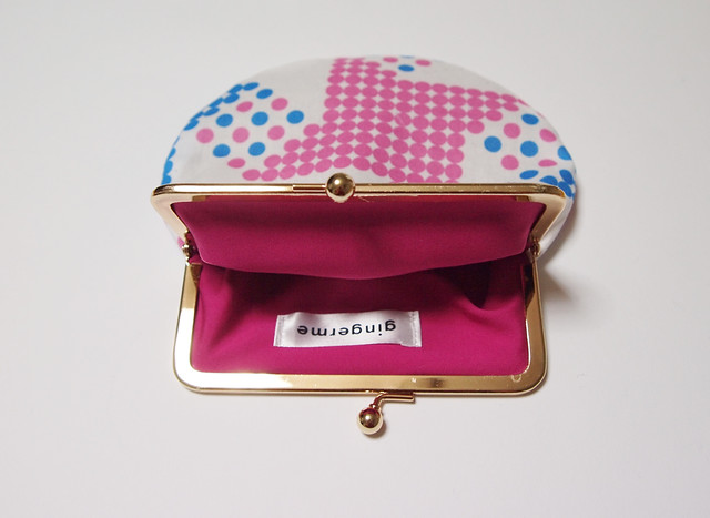 frame pouch - houndstooth