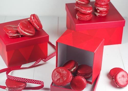 Red Velvet Macarons #SundaySupper