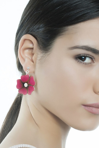 Long earrings with a hand-made flowers