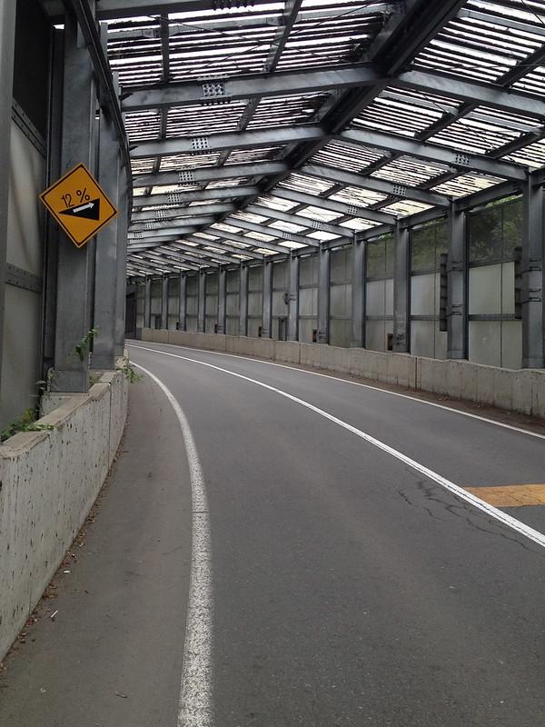長野へ向かう道
