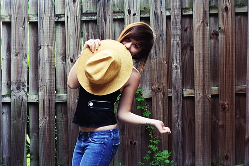 cute girl hat tattoo digital sunrise canon fence lens eos rebel 50mm photo vines glow florida d jeans xs bliss cait